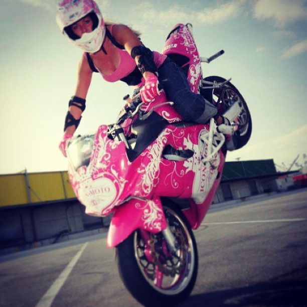 Stunt Girl Moto Motorcycle Bike Superbike Streetbike