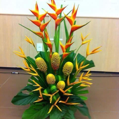 3DPrintingVideosHouseDreamHomes Summer Flowers Arrangements Lemon Centerpieces is part of Church flower arrangements -