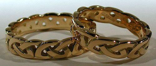 18kt Celtic Love Knot Wedding Bands