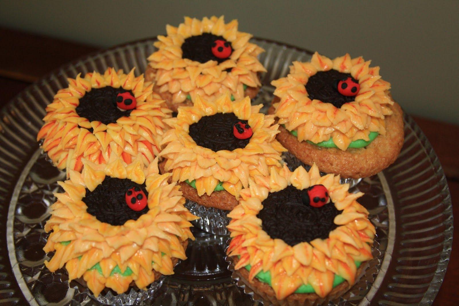 Sunflower cupcakes Desserts Pinterest