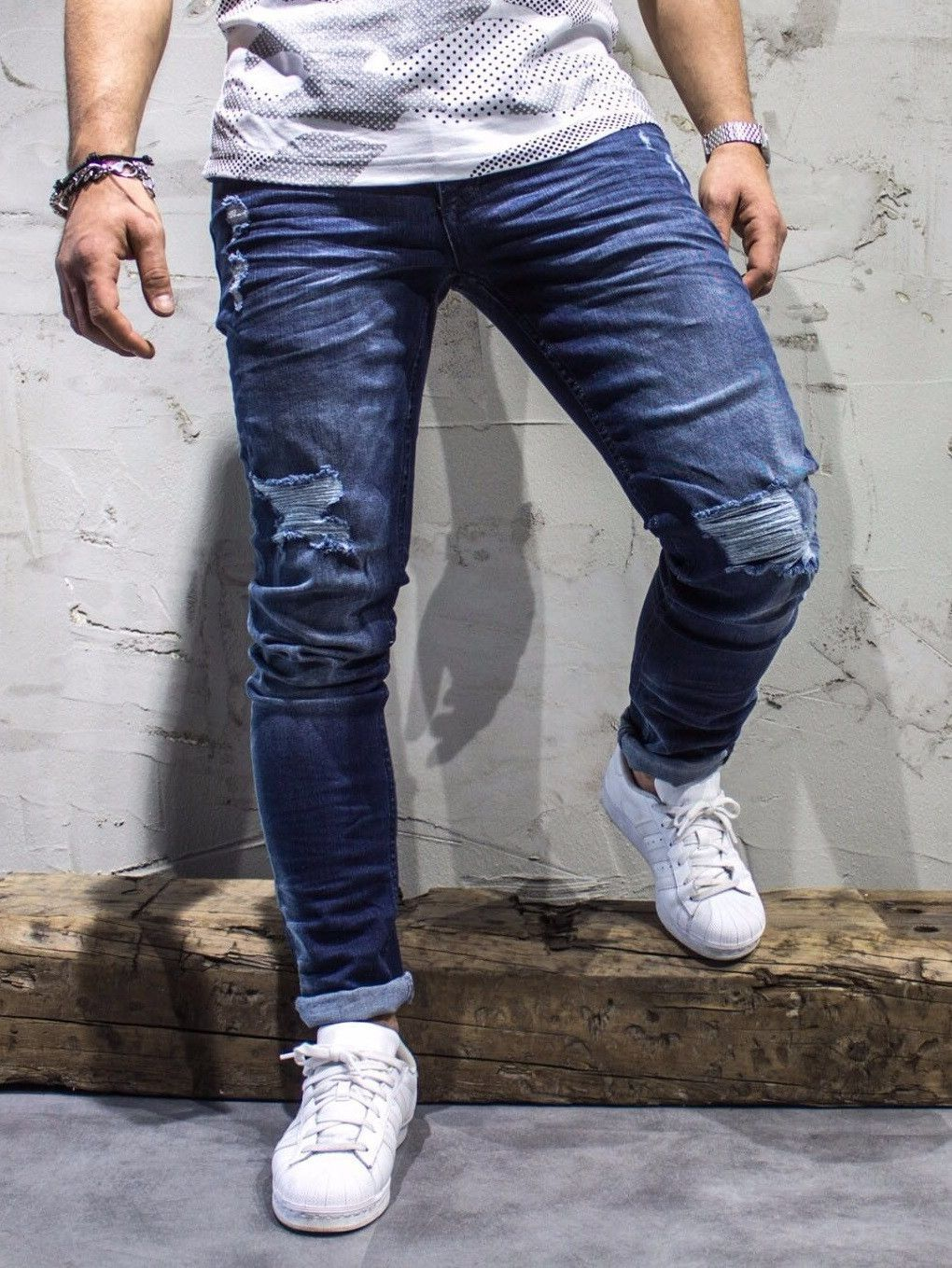 4414593246 blue slim fit ripped jeans PLEASE NOTE THE LENGTH IS 33 (FOR ALL WAIST SIZES