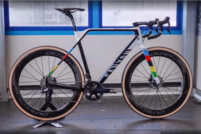 pin op fietsen patrick