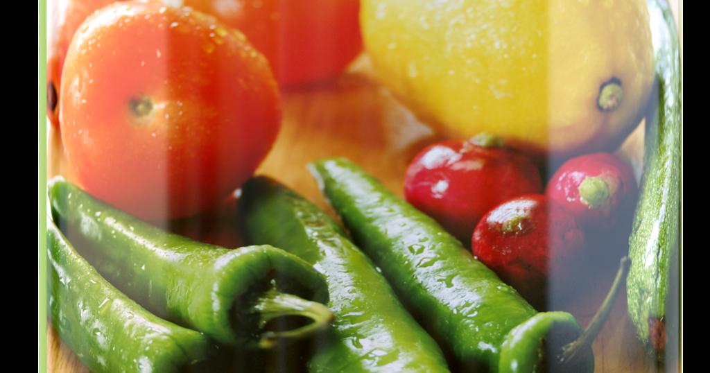 A  preocupação com as frutas e verduras não se limita em escolher um bom  alimento no sacolão. Embora se gaste um bom tempo nas gôndolas  a...