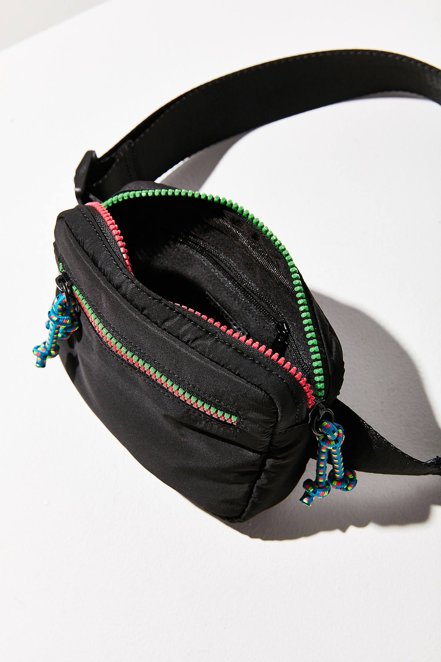 Shop Square Belt Bag at Urban Outfitters today. We carry all the latest styles, colors and brands for you to choose from right here.