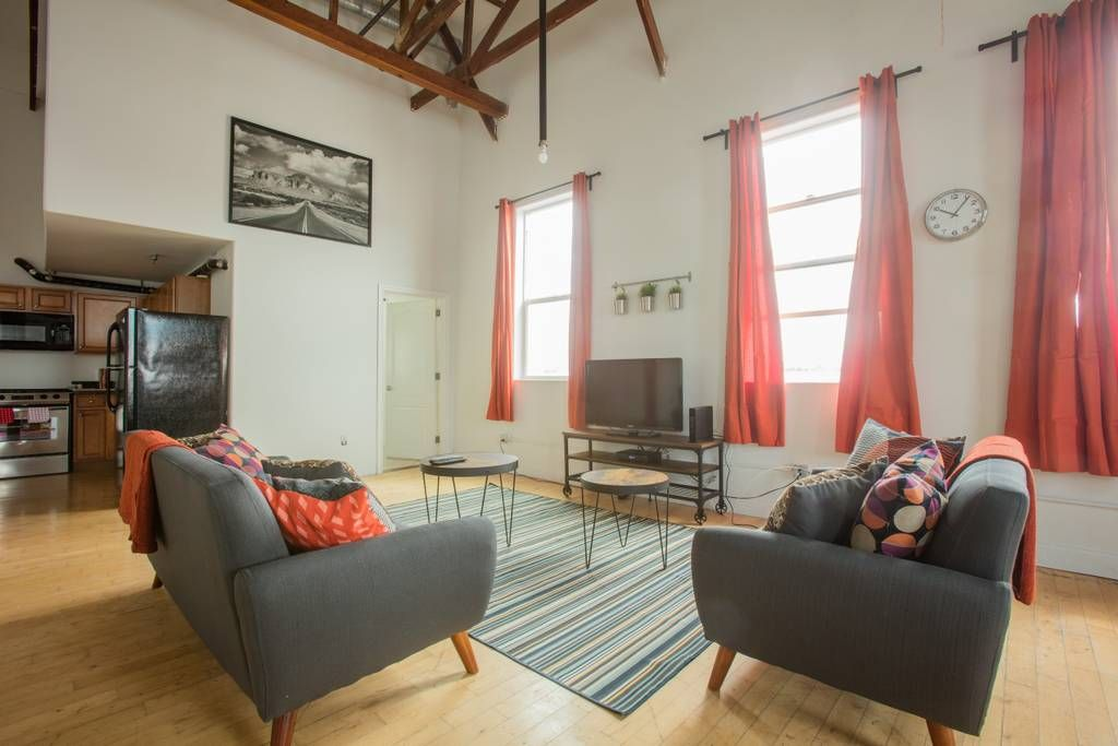 Bright Large Arts District Loft Best Location Lofts For Rent In Los Angeles California United States Lofts For Rent Home California Homes