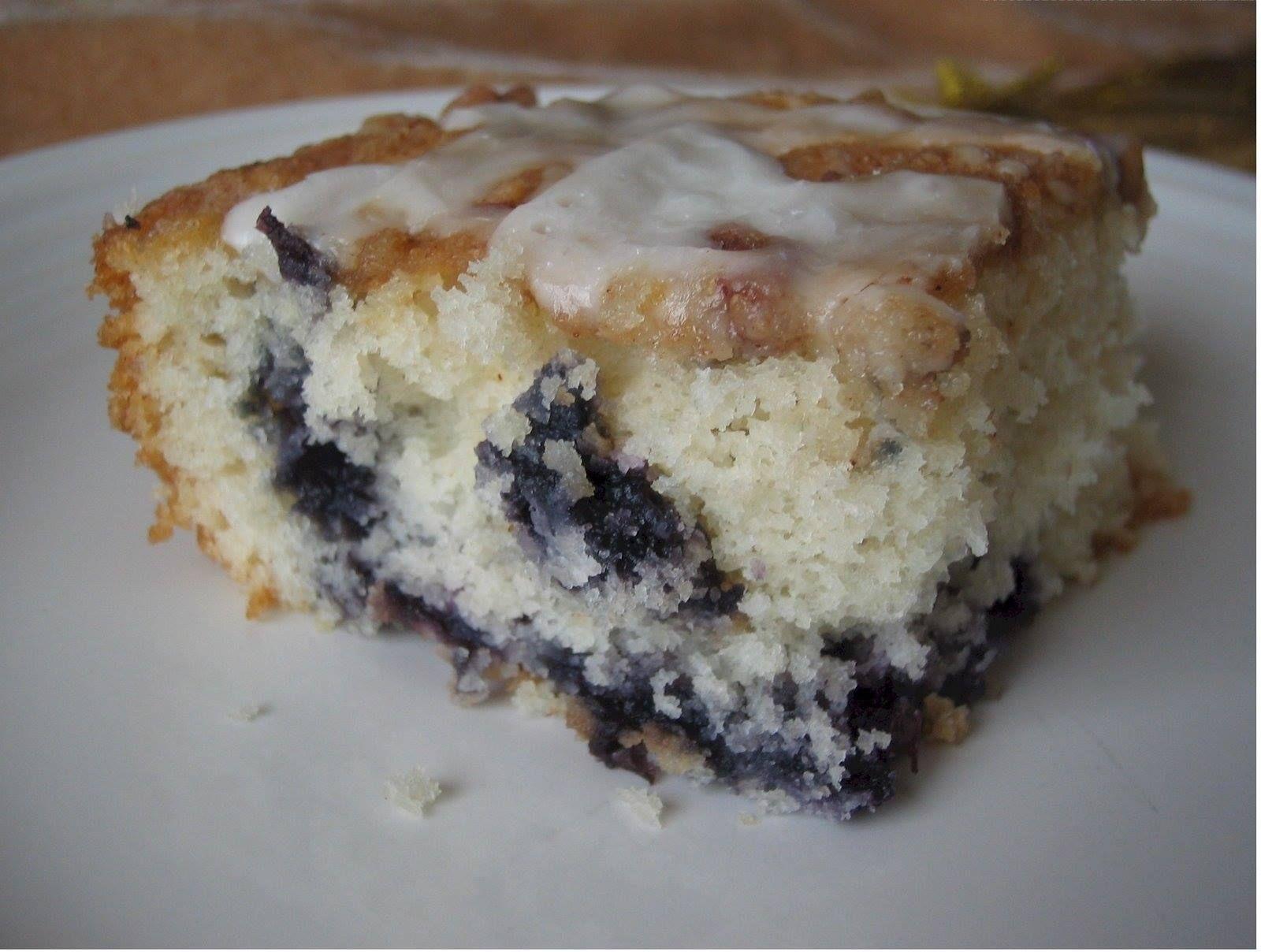 2 c. flour   1 c. sugar   1 c. milk   1/3 c. butter, softened   1 egg   1 T. baking powder   1 t. salt   1 ½ c. blueberries (I used...