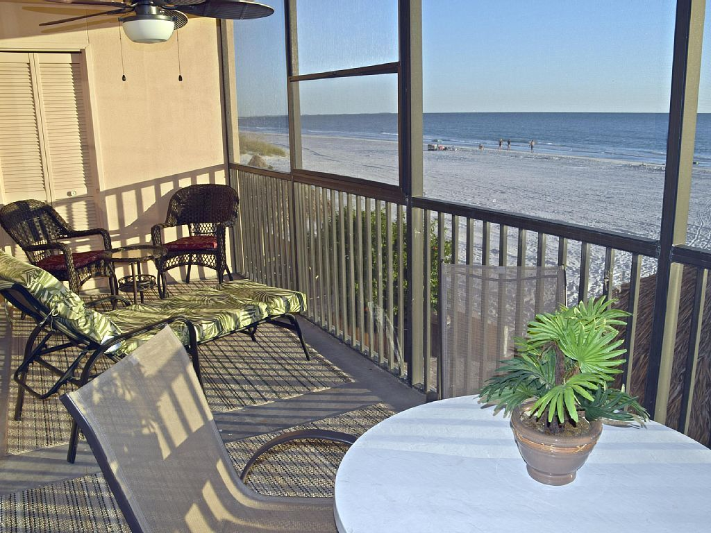 St Pete Beach Vacation Rental Vrbo   Br Florida Central West Condo
