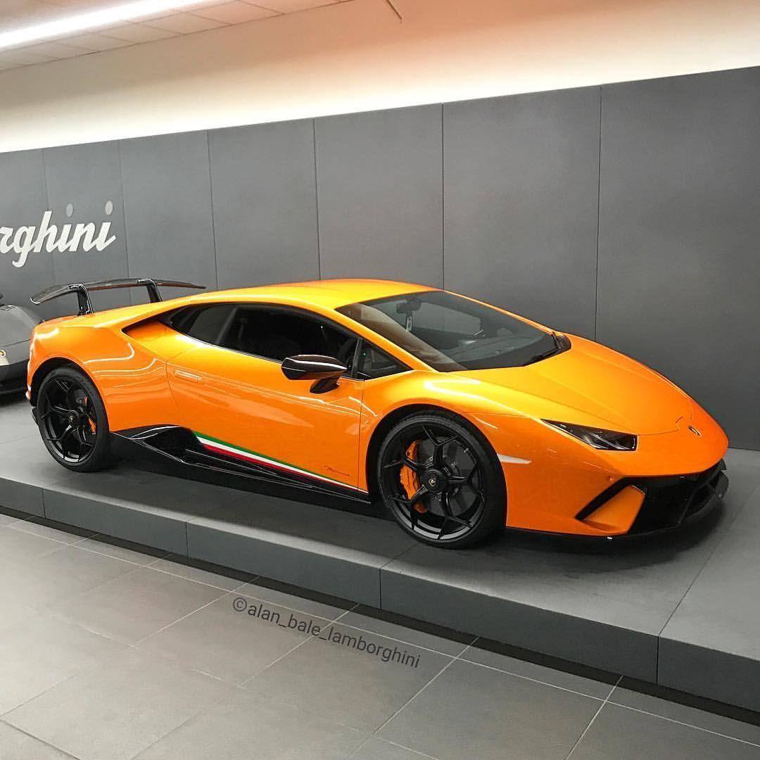 Lamborghini Huracan LP640-4 Performante Coupe