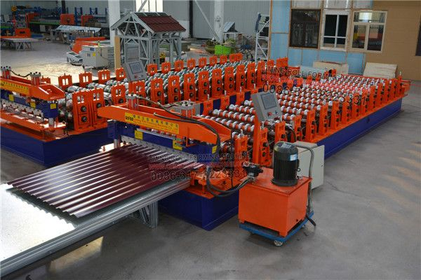 Auto Forming Machine For Roof Roll Forming Machine S Cutter Portion Is Driven By A Hydraulic Cylinder To Move Up An Roll Forming Metal Shake Roof Rolls