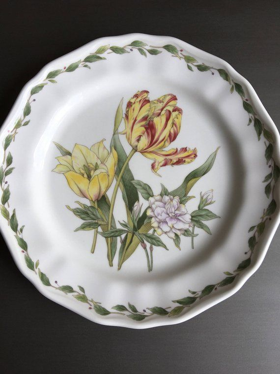 Noritake Gourmet Garden Dinner Plate Vintage Tulip China M1065 With Images Gourmet Garden Dinner Plates Gourmet
