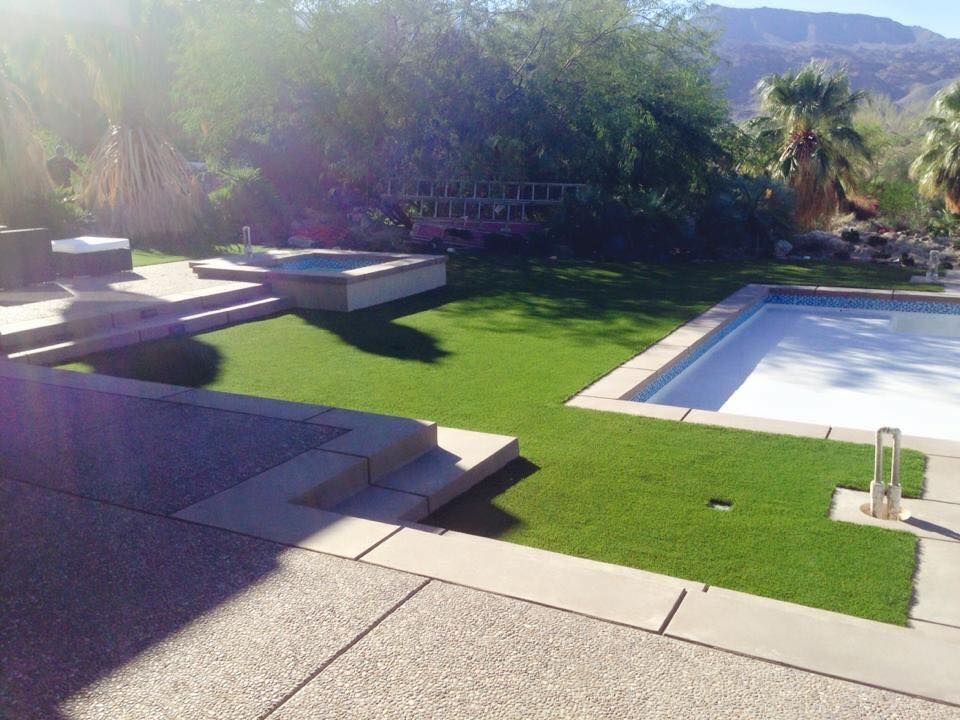 Artificial grass and concrete installation in los angeles