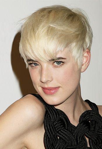 Agyness Deyn Short Hairstyles Platinum Blonde Hair Color