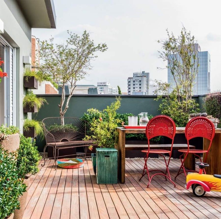 Reparos que valorizam a casa cuidar do jardim hogar for Casa de granada terraza madrid