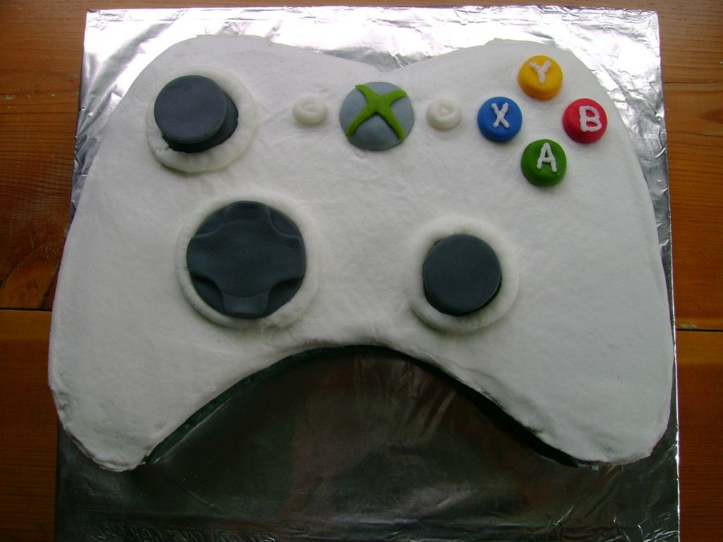 How To Create An Xbox Cake Xbox Controller Cake And Birthdays