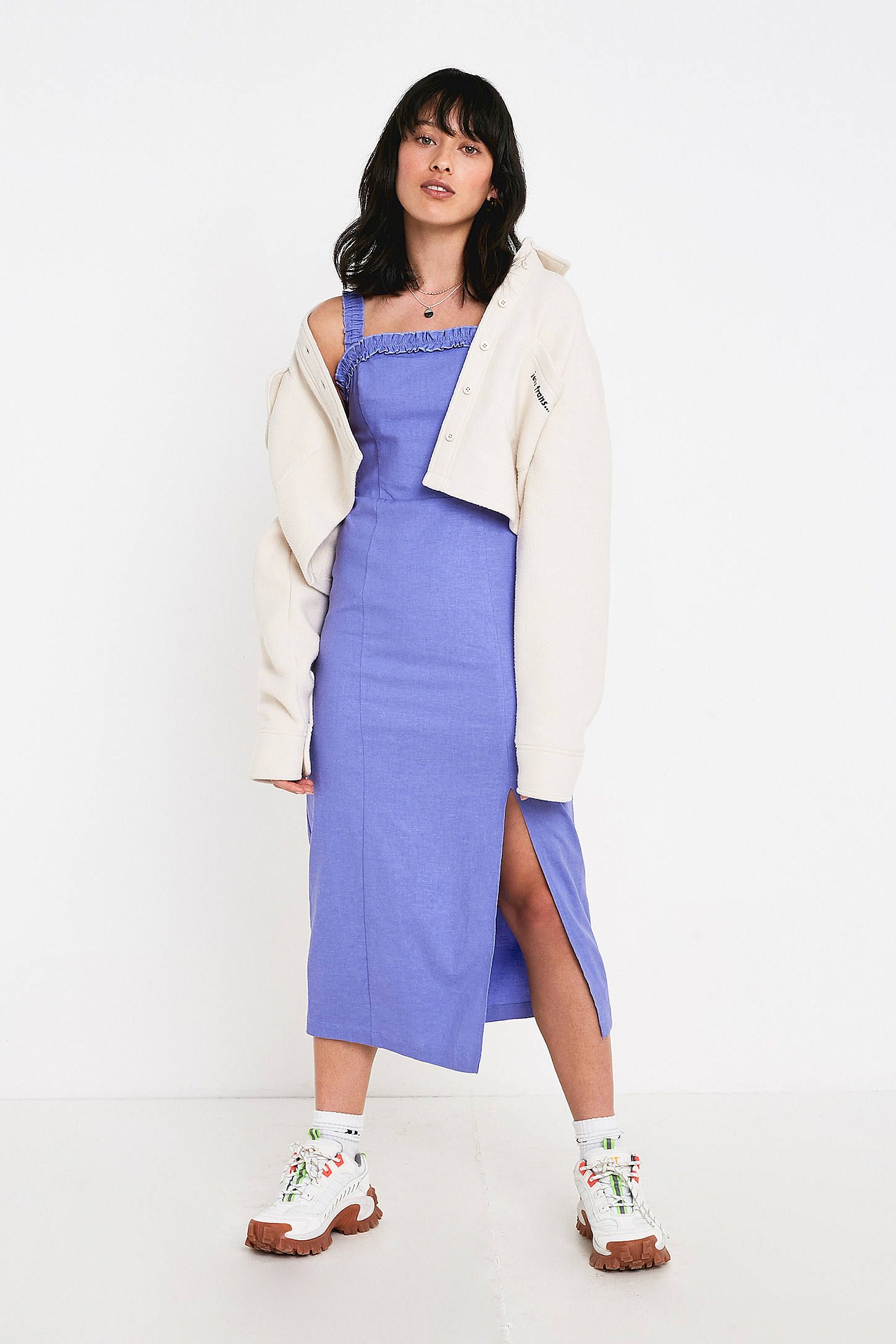 75aff3d5500378 UO Remy Blue Linen Ruffle Square-Neck Midi Dress | Urban Outfitters UK