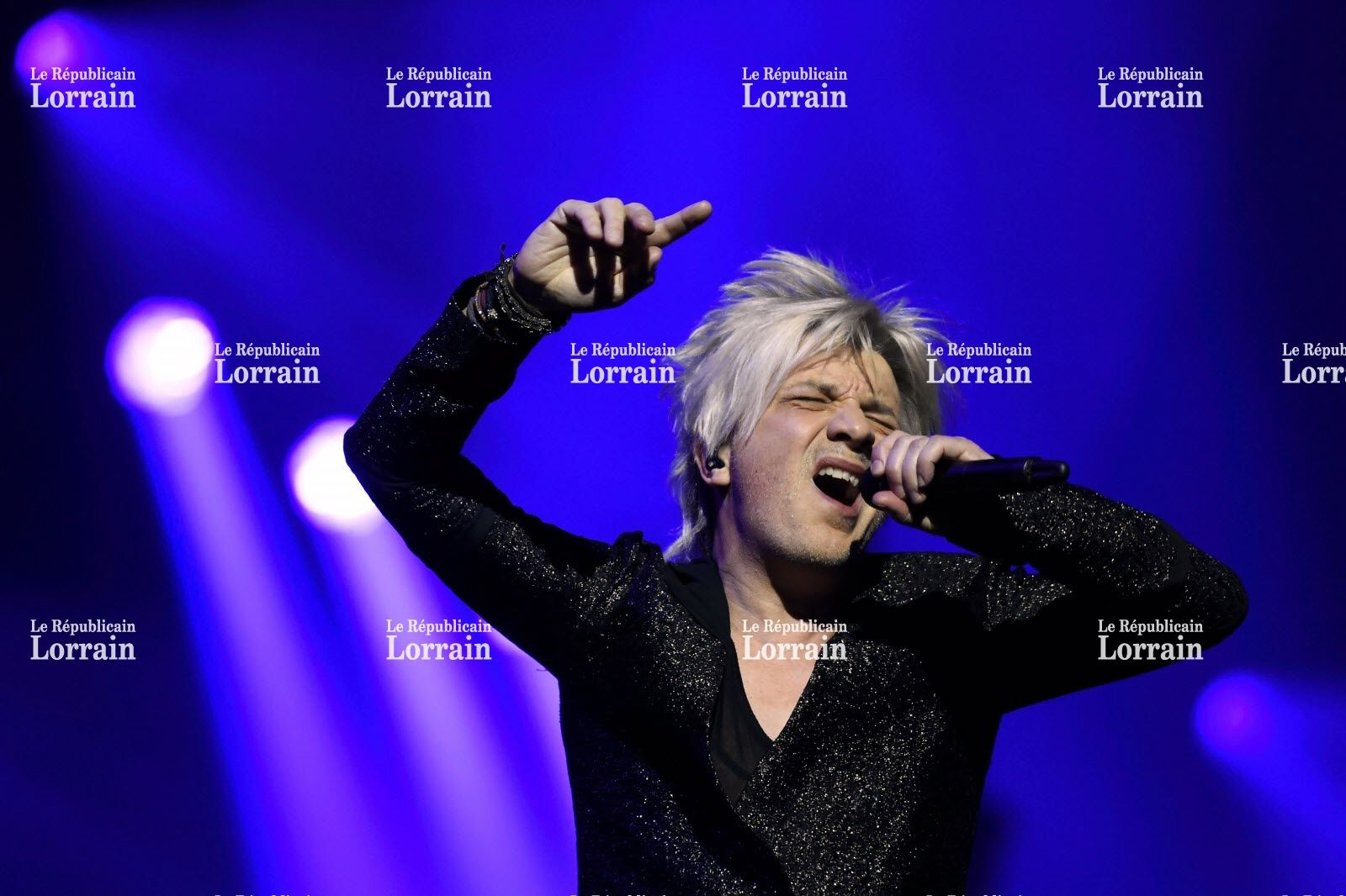 Pin by Indochine Fan on Indochine 13 (2017)   Concert, Tours