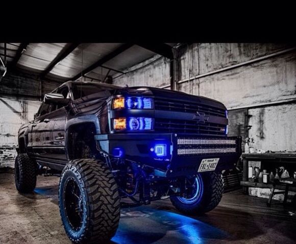 I Like The Blue Lights Chevy Chevy Silverado Chevrolet Trucks
