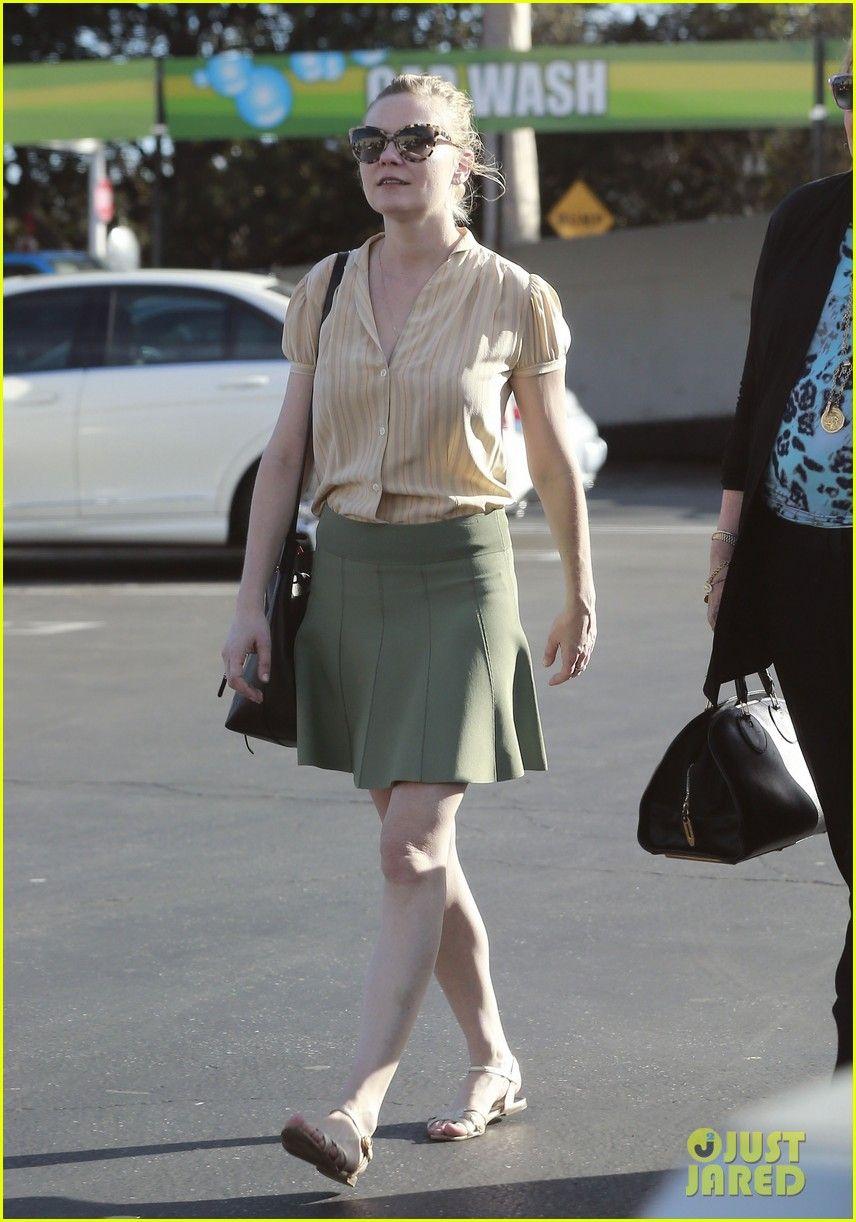 Kirsten Dunst: Mall Visit with Mom Inez | Kirsten Dunst Photos | Just Jared