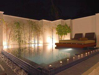 Piscinas peque as jardin peque o buscar con google - Jardines con piscinas ...
