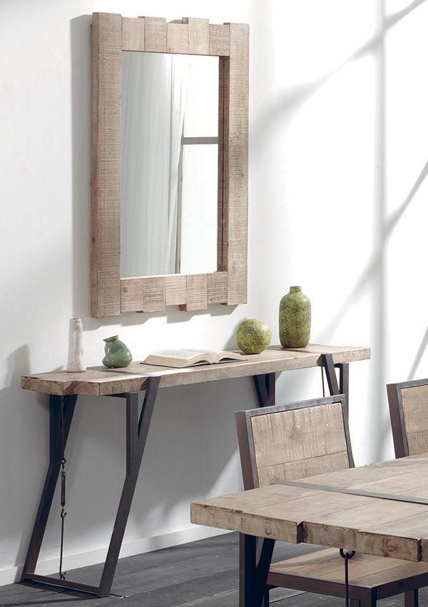 Meubles en bois brut et fer vieilli Un mélange de bois brut et de - meuble en fer design