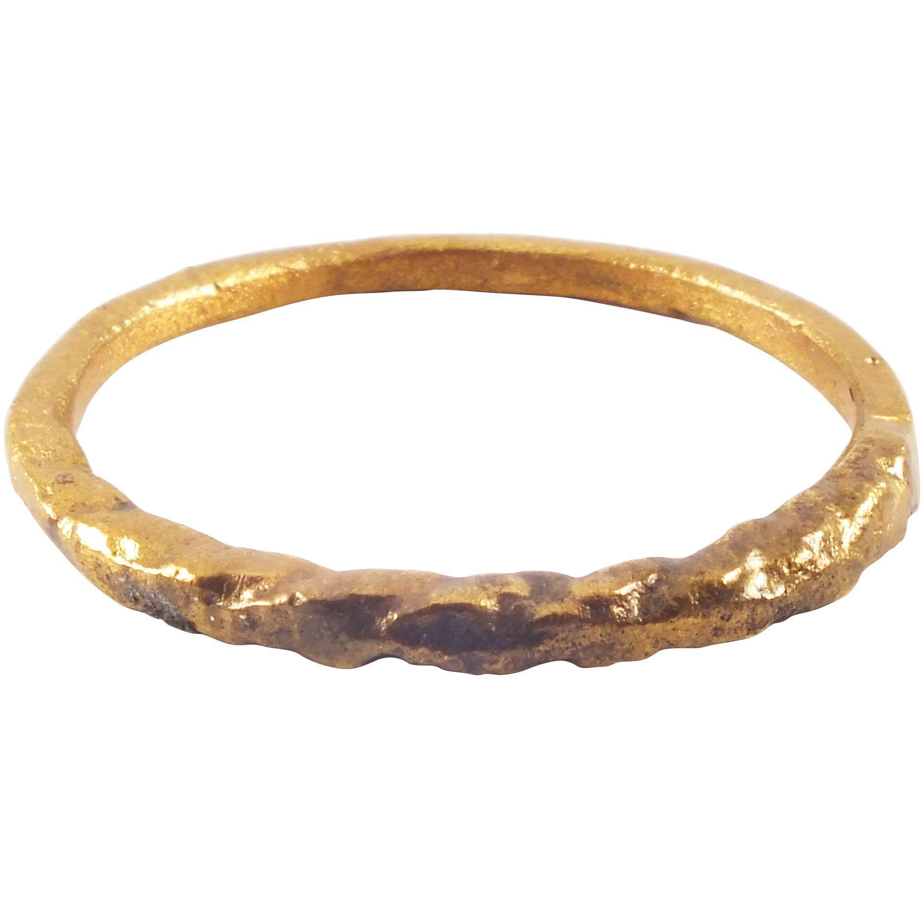 Viking twist motif ring c.8501050 ad size 11 ½ Vikings