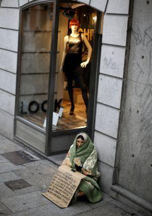La crisis económica dispara la pobreza. / SAMUEL SÁNCHEZ (EL PAÍS)