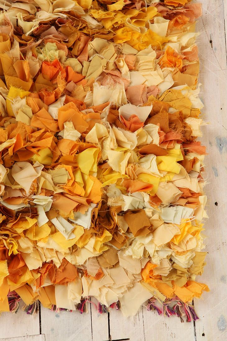 doesn't this look like a pile of fall leaves? // Mixed Media Shag Rug