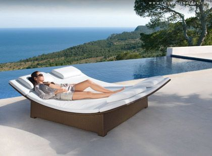 I Want This Dedon Pool Bed In 2020 Outdoor Daybed