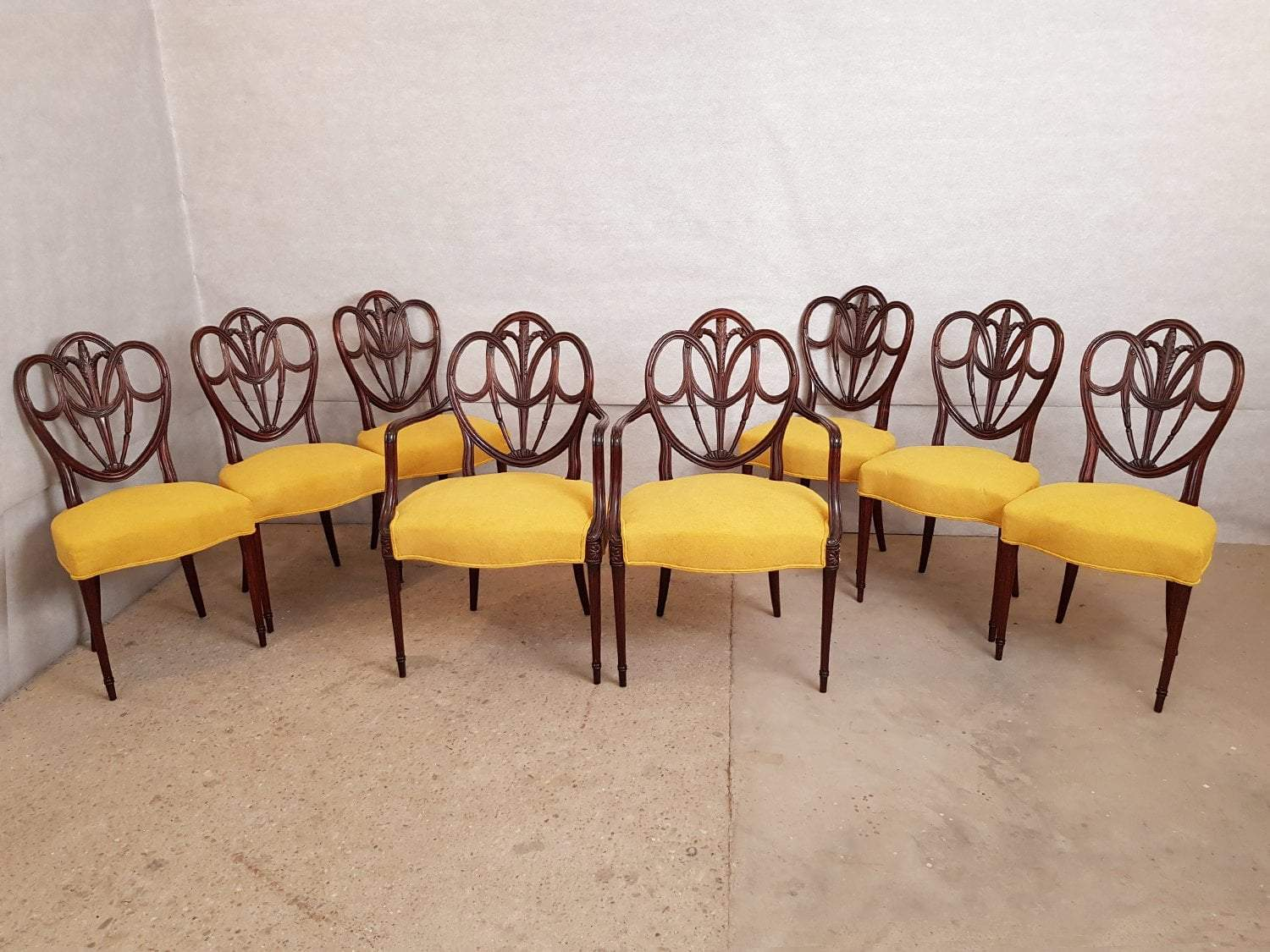 Set Of 8 Vintage Hepplewhite Style Mahogany Shield Back Reupholstered Dining Chairs Dining Chairs Reupholster Chair Dining Pink Dining Chairs