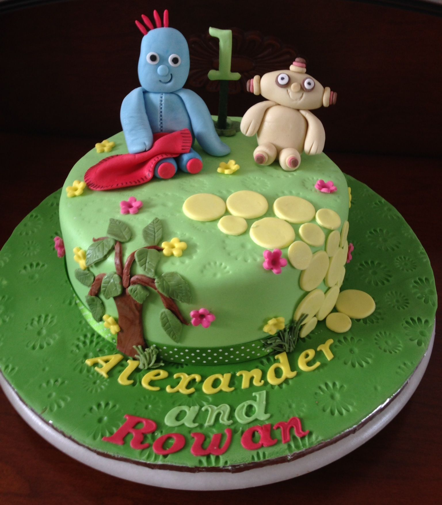 In the night garden. Twins 1st birthday cake. | My decorated cakes ...