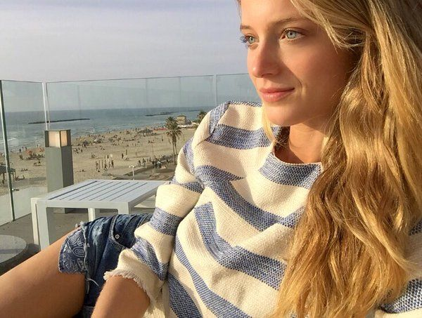 Kate Bock(@katelynnebock)さん | Twitter