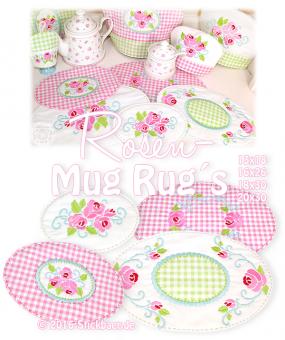 Rosen-Mugrugs 13x18, 16x26, 18x30 oder 20x30 Rosen über Rosen Mit dieser Stickdatei könnt Ihr 4 verschiedene romantische Mugrugs im Shabby Style sticken. Die Mug Rugs sind mit wunderschönen Rosenapplikationen und Rosenstickereien verziert. So könnt Ihr damit nicht nur den Esstisch liebevoll verschönern, sondern sie sind auch tolle Deckchen im Küchenregal, auf dem Tisch oder dem Fensterbrett. Und sie passen perfekt zu unseren Rosen-Eierwärmern und unseren Rosen-Teekannenwärmern. Ihr habt…