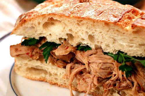 CROCKPOT CAROLINA BARBECUE PULLED PORK