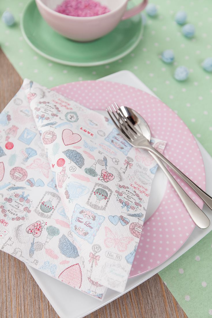 Love on the table - with Love Icons  http://www.homefashion.de/index.php?tid=2_1&cdid=211521 #valentinesday #napkin