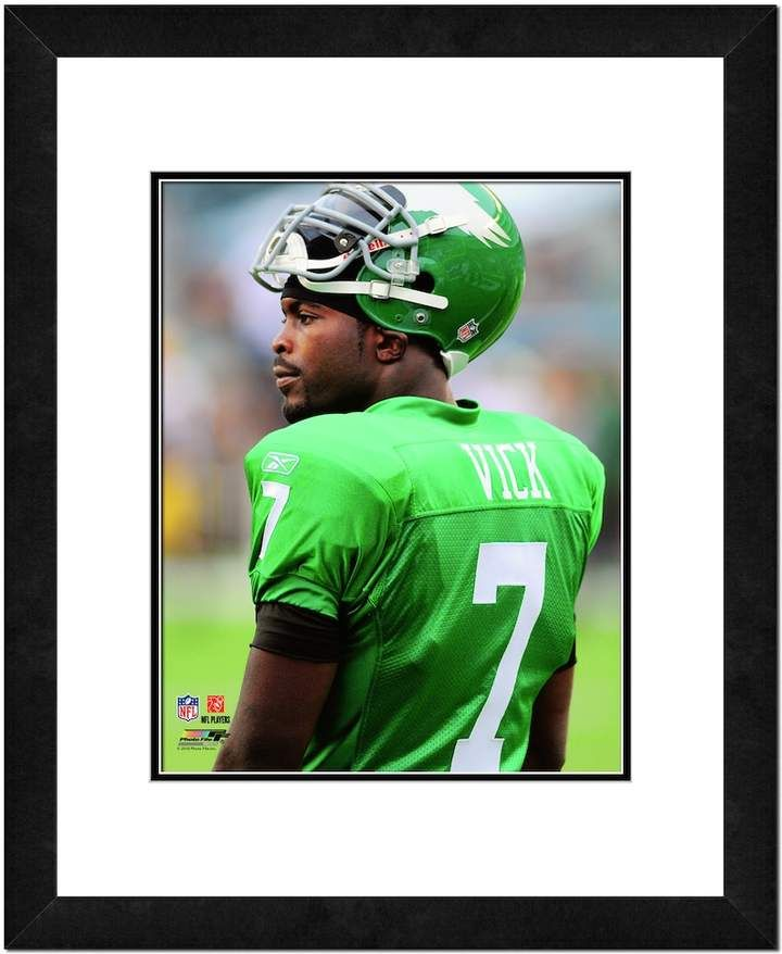 official photos fcec0 7f57a Michael Vick Framed Player Photo | Products | Michael vick ...