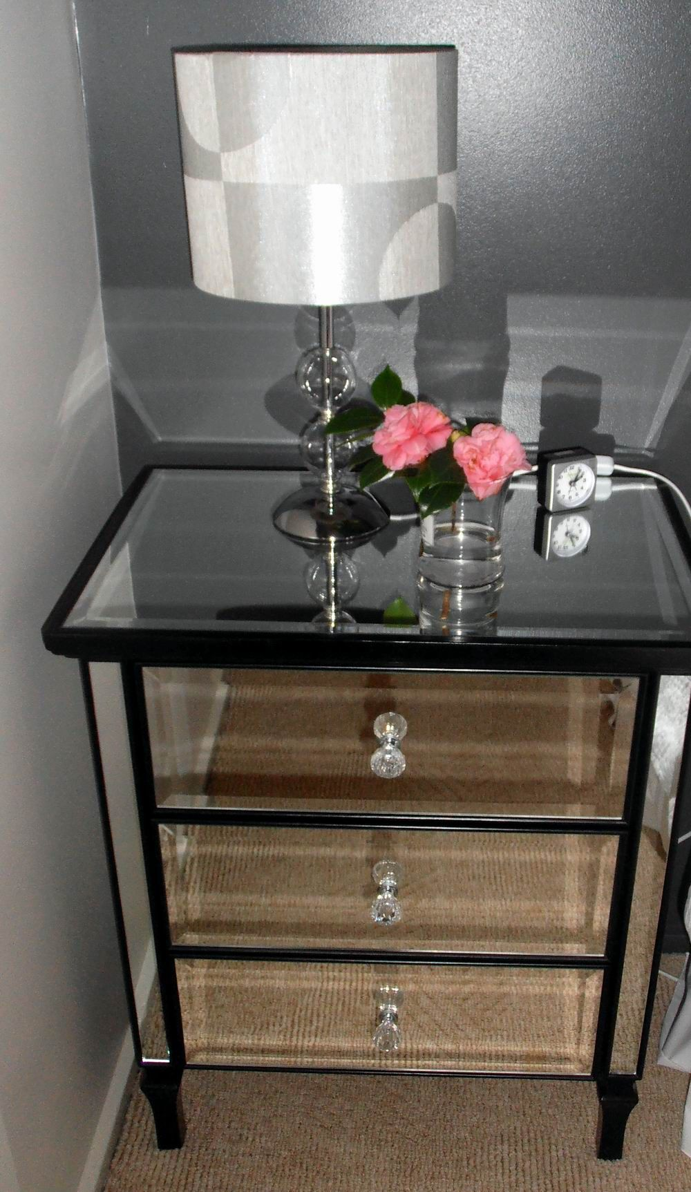 Best Mirror Bedside Table Add A Little Glam To Your Bedroom 400 x 300
