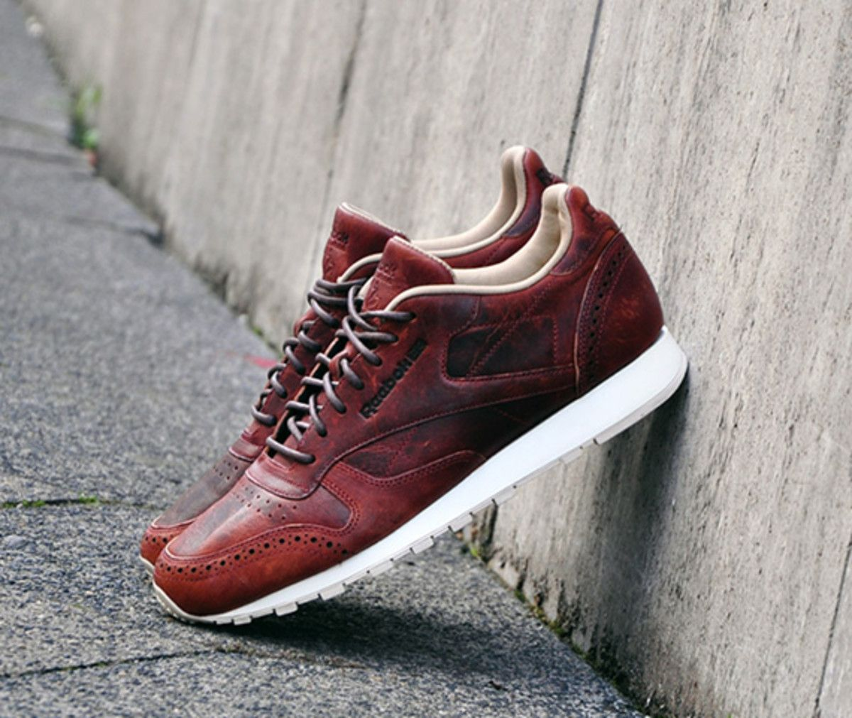 Sneakers Sale Reebok Classic Leather Lux Horrween Black