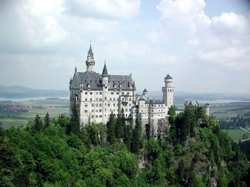 Schwagau Germany Known As The Most Famous Castle In The World Been Visited By Over 60 Million People Neuschwanstein Castle Germany Castles Castle Pictures