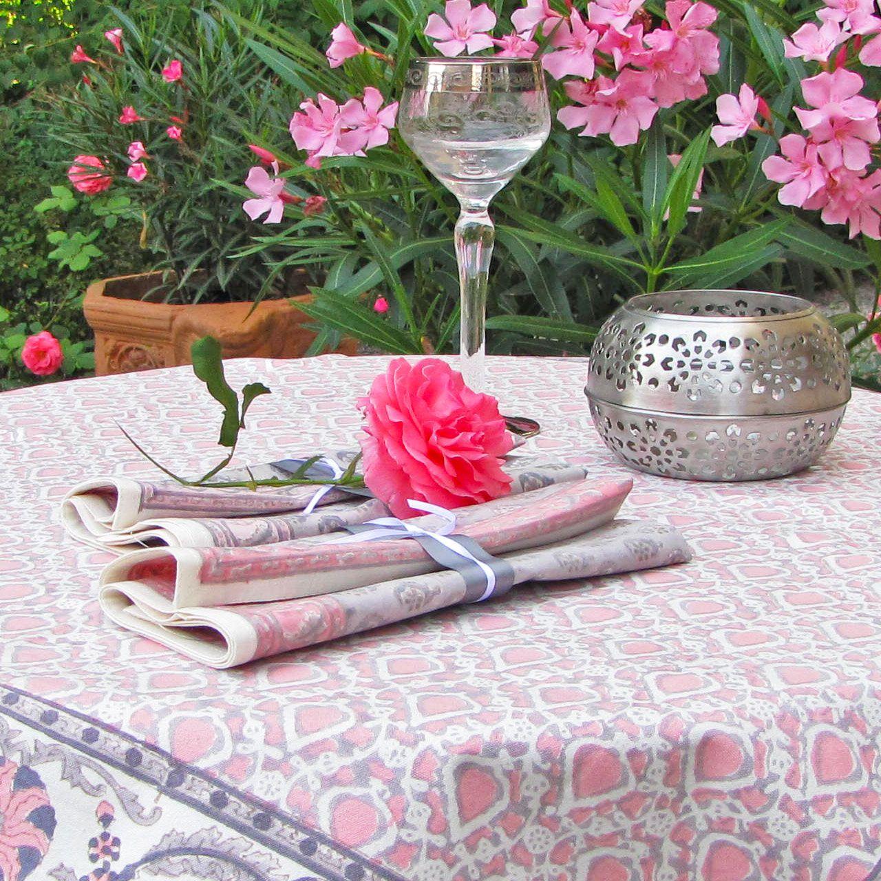 Tischdecke Blockprint, Textilmanufaktur MASASO, Fairtrade, Handarbeit, Stempeldruck, Kollektion Dornröschen, Farbe Pantone Rose Quarz