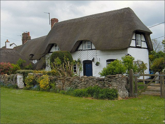 thatched cottage at Marsh Baldon - Oxfordshire
