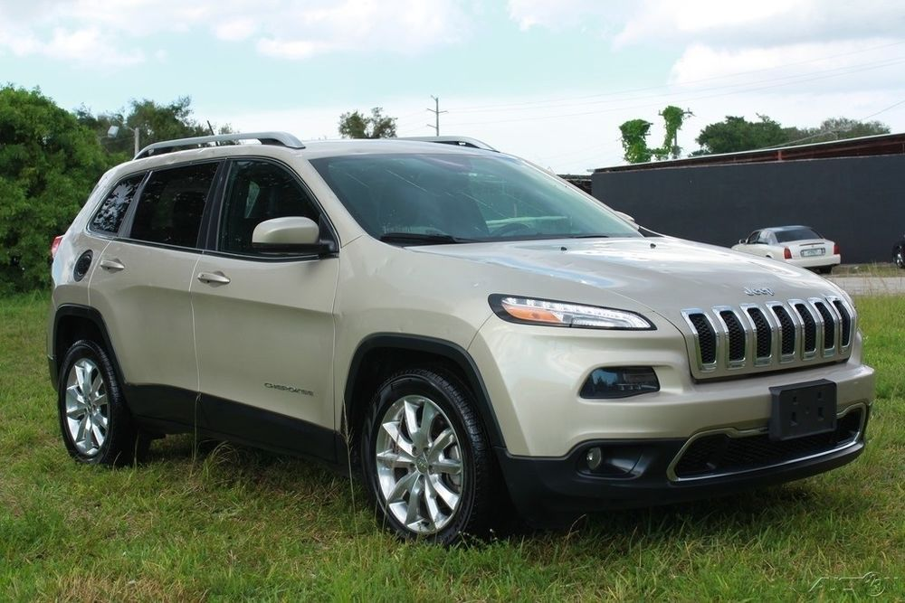 2015 Jeep Cherokee Limited 2.4L I4 16V Automatic FWD