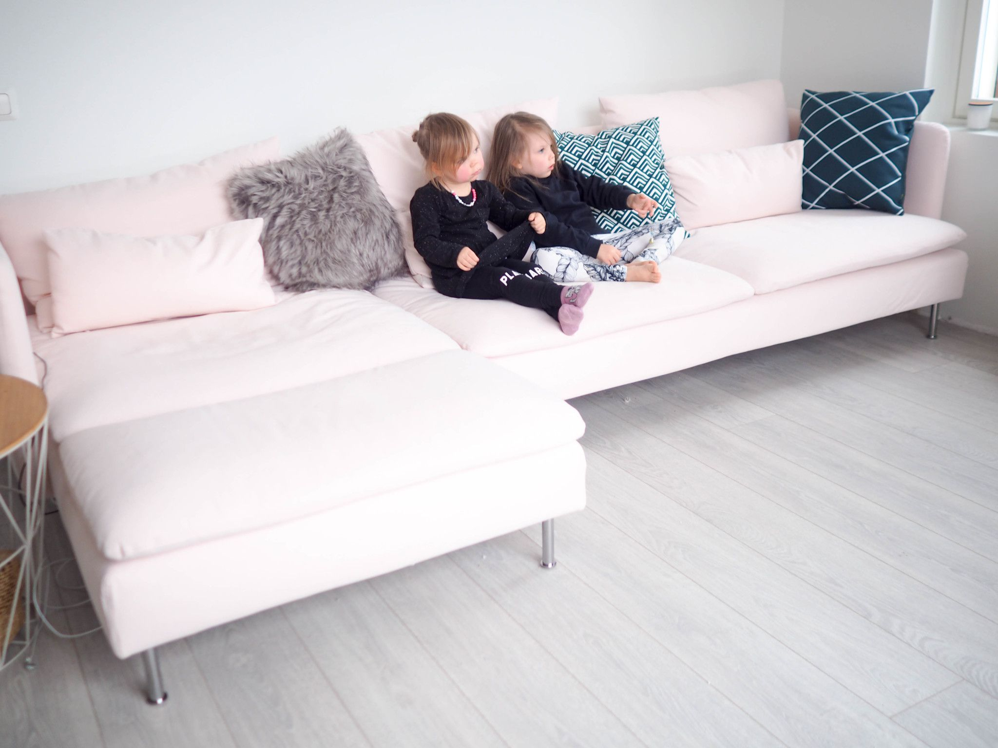 Soderhamn Samsta Pink Ikea Sofa Ikea Sofa Bed Sofas For Small Spaces Ikea Living Room