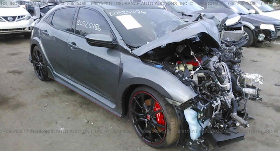 Wrecked 2018 Honda Civic Type R Is A Horrible Sight Carscoops Honda Civic Type R Honda Civic Car