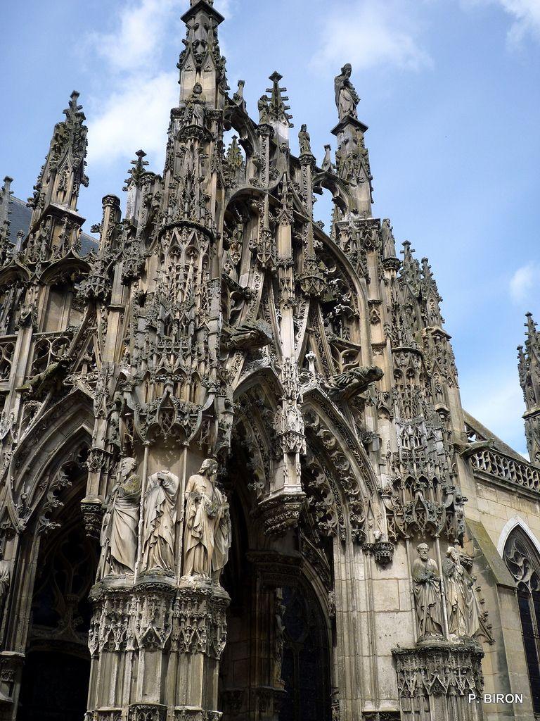Porche gothique flamboyant de l 39 glise de louviers eure for L architecture gothique