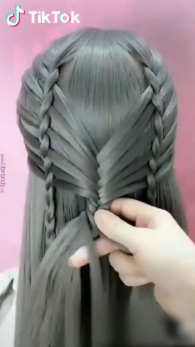 Super Easy To Try A New Hairstyle Download Tiktok Today To Find More Hairsty Super Easy To Try A New Hairstyle Download Hair Videos Hair Styles Hair