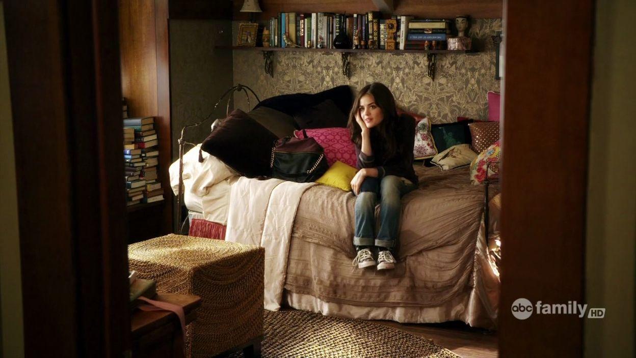 Bedroom interior hd pics love ur room  aria m  pinterest  bedrooms interiors and room