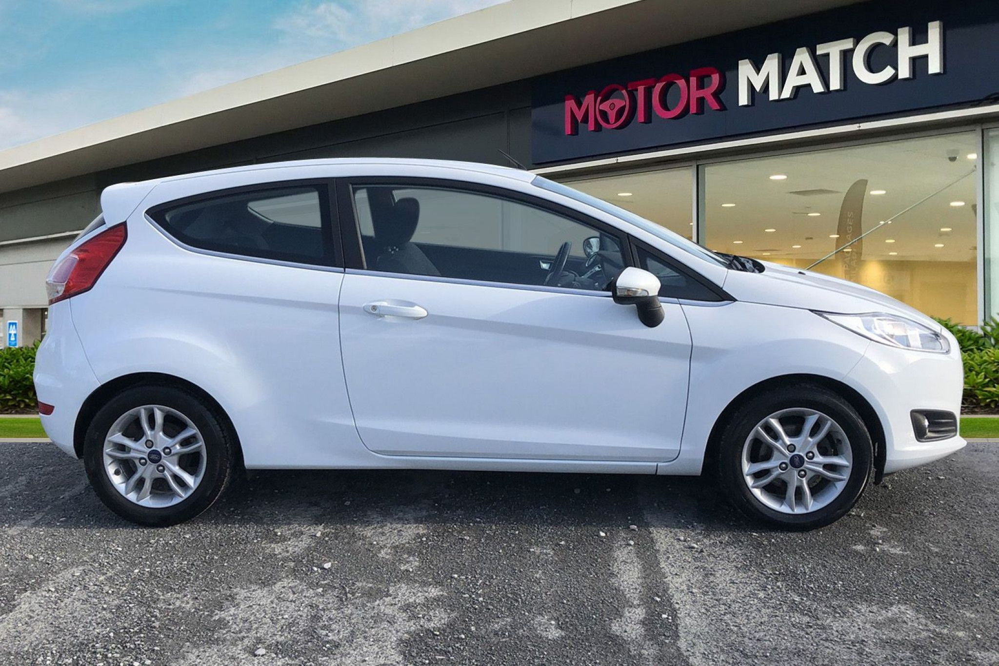 Ford Fiesta 1 0 Ecoboost Zetec 3dr In 2020 Ford Used Ford Cars