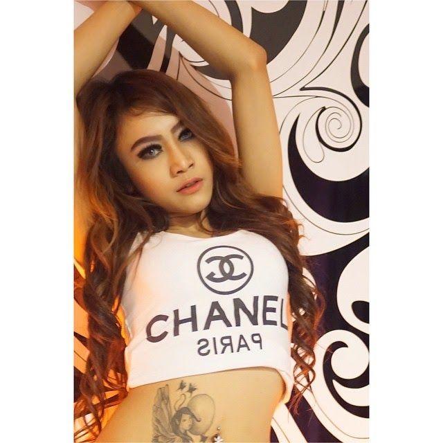 Kumpulan Seksi Model Dewi Purnama Sari