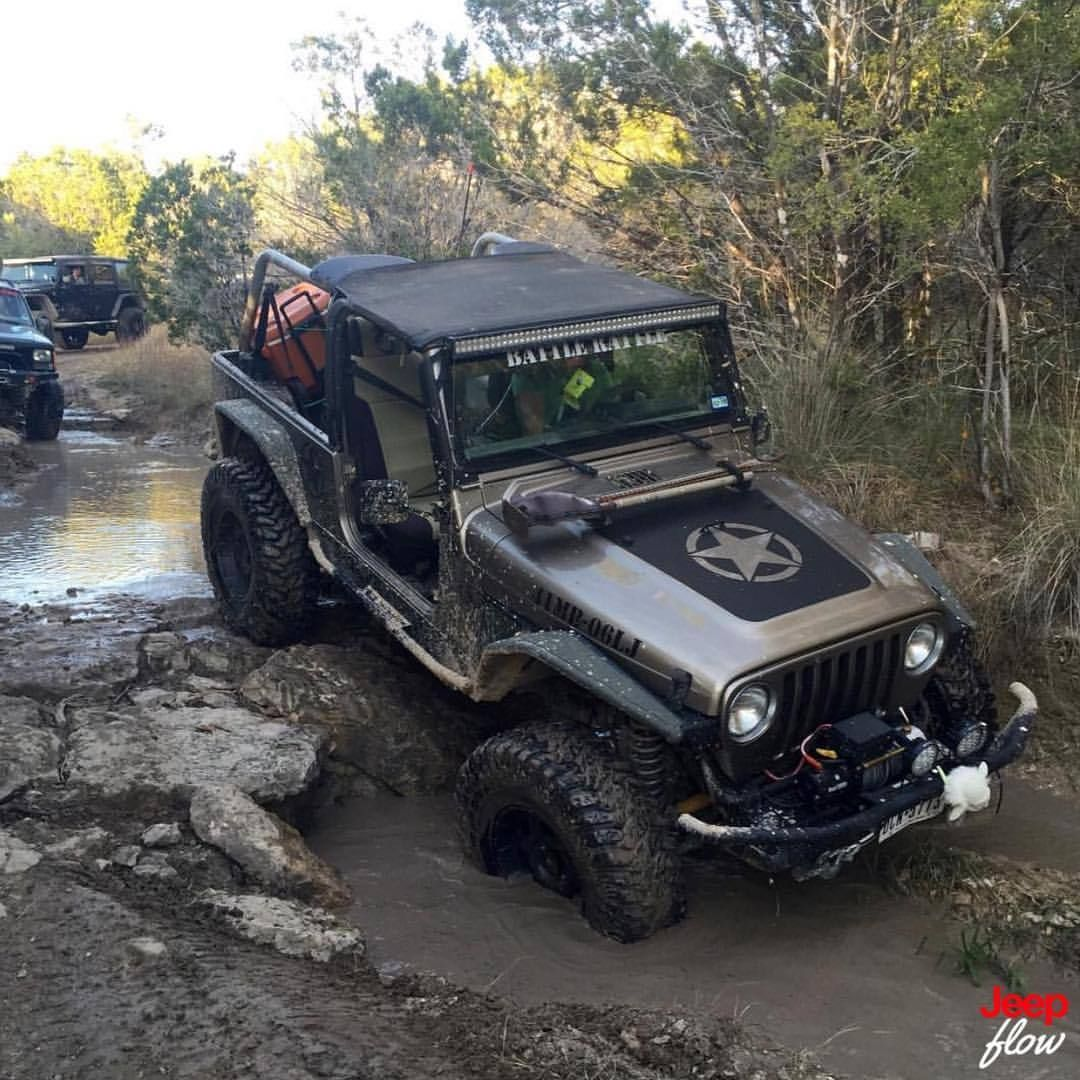 Check out this tj posing for the camera. #tj #jeep #wrangler #4x4 ...
