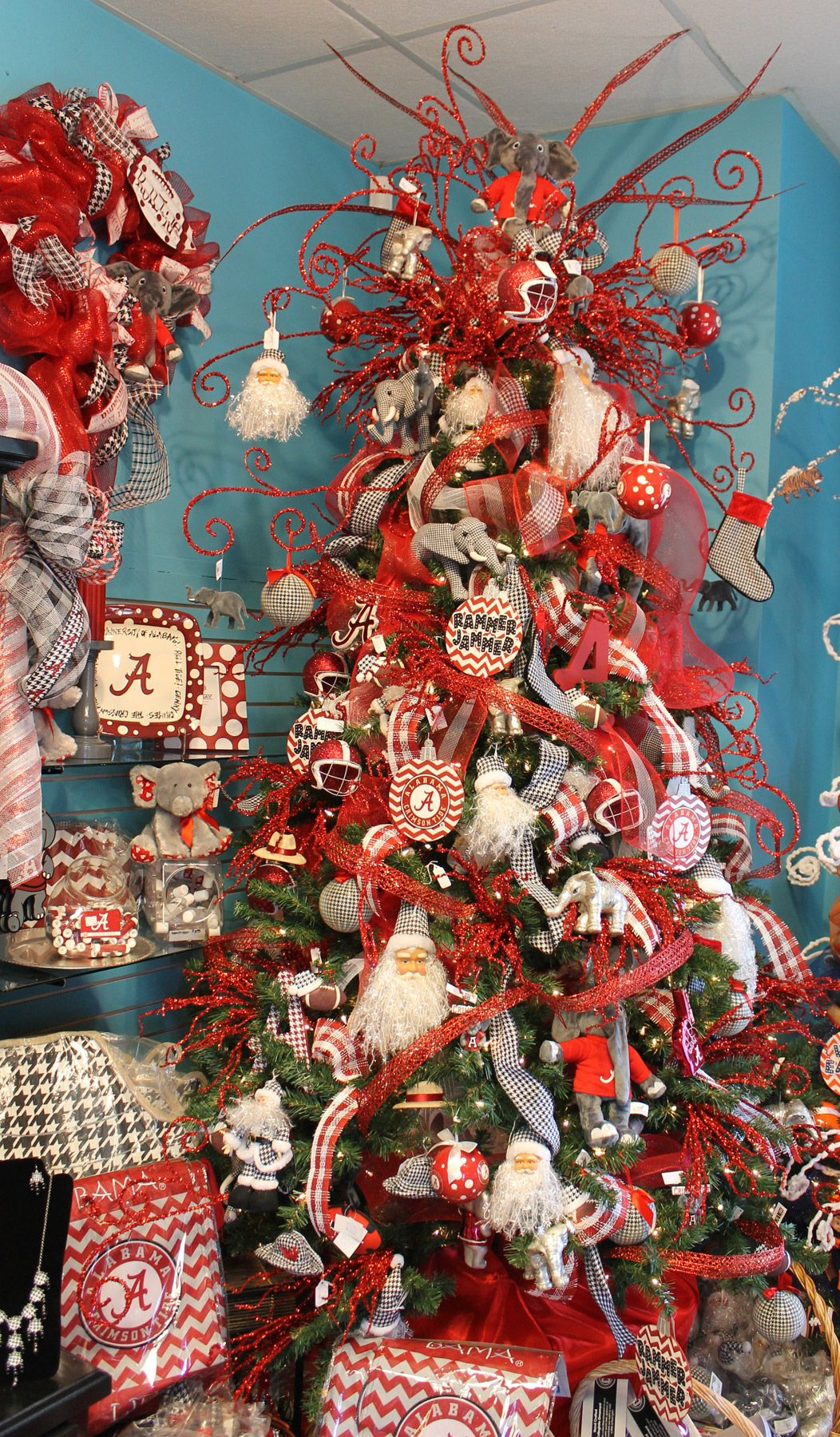 Roll Tide RollChristmas tree and gift ware alabama football